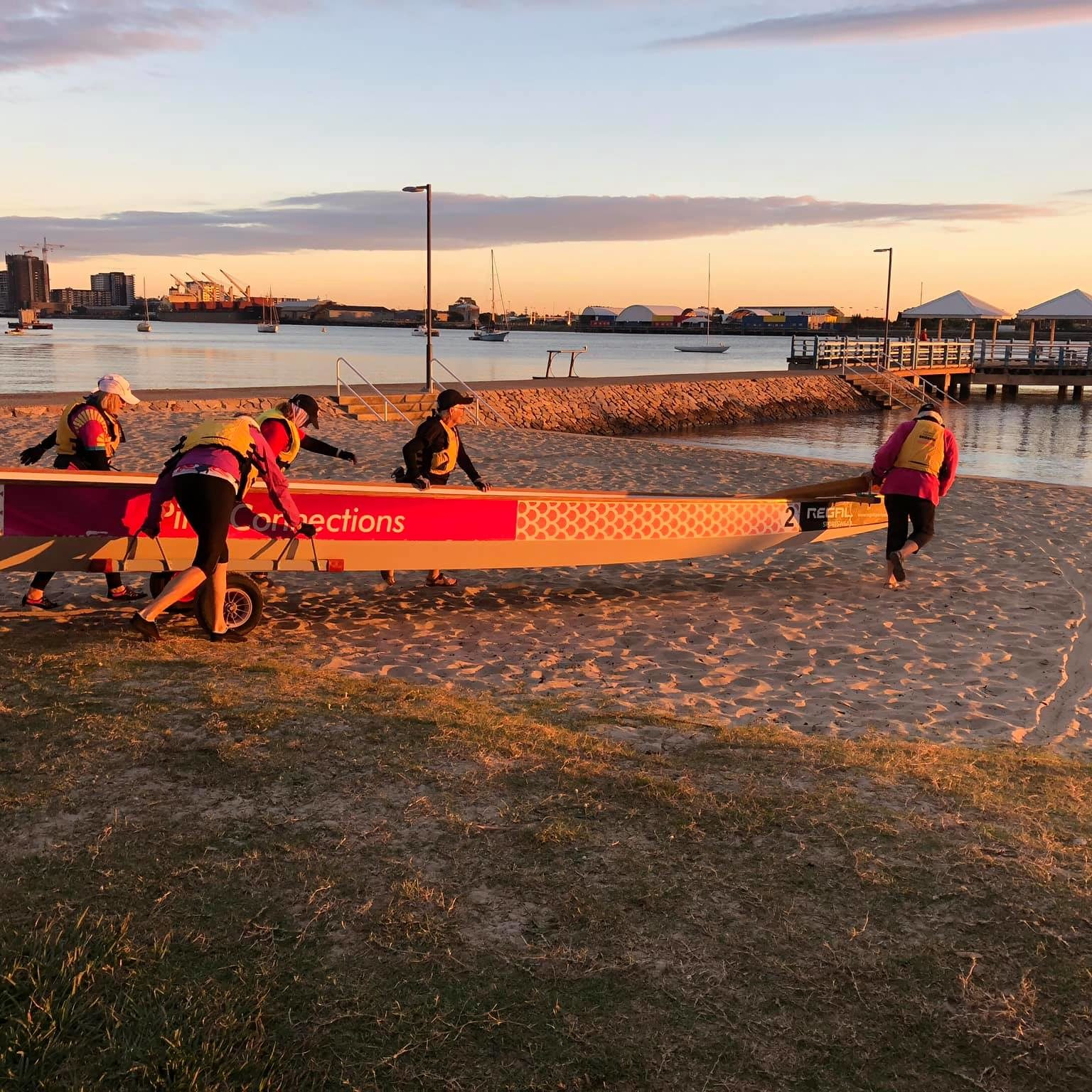 dragon-boat-paddling-brisbane-get-fit-after-breast-cancer